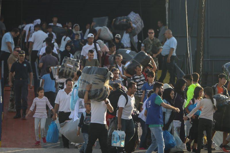 Το πρώτο πλοίο με τους μετανάστες από τη Μόρια έφθασε στη Θεσσαλονίκη / Φωτογραφία: EUROKINISSI
